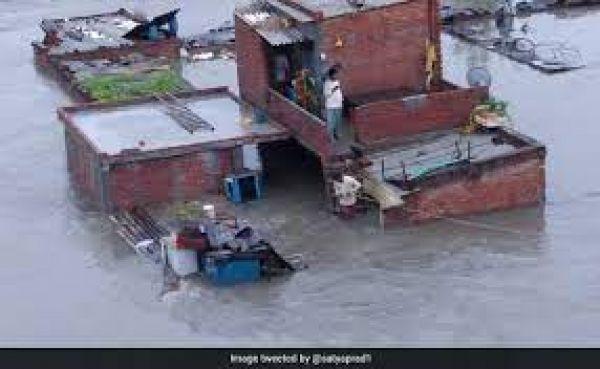 उत्तराखंड में भारी बारिश और बाढ़ से अब तक 52 लोगों की मौत, अमित शाह आज करेंगे दौरा