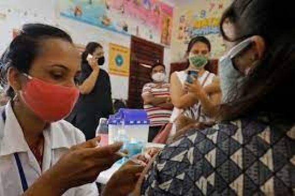 देश ने पार किया 100 करोड़ वैक्सीन डोज का आंकड़ा, CoWIN ने ऐसे आसान की वैक्सीनेशन की राह