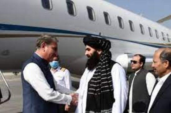 पाकिस्तानी विदेश मंत्री कुरैशी, ISI चीफ अचानक पहुंचे काबुल, आखिर माजरा क्या है?