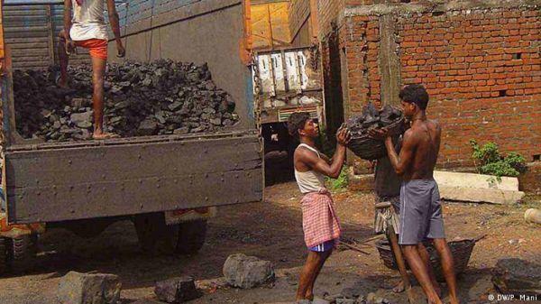 भारत ने यूएन से कहा, कोयला तो जलता रहेगाः रिपोर्ट