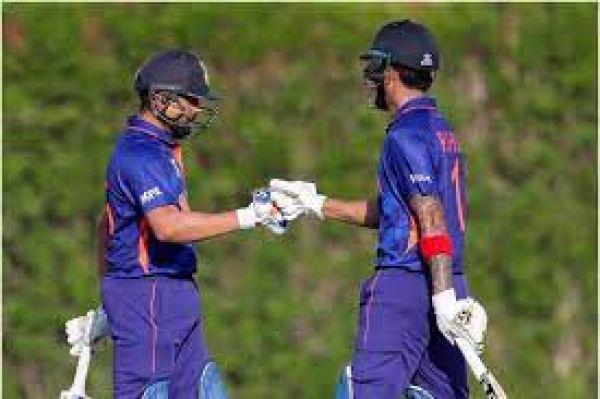 भारत-पाकिस्तान मैच को लेकर मारामारी, टिकट के लिए वेटिंग लिस्ट, होटल भी फुल