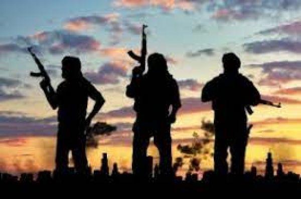 तालिबान ने लड़ाकों को इनाम देने के लिए हजारों लोगों को जमीन से बेदखल किया