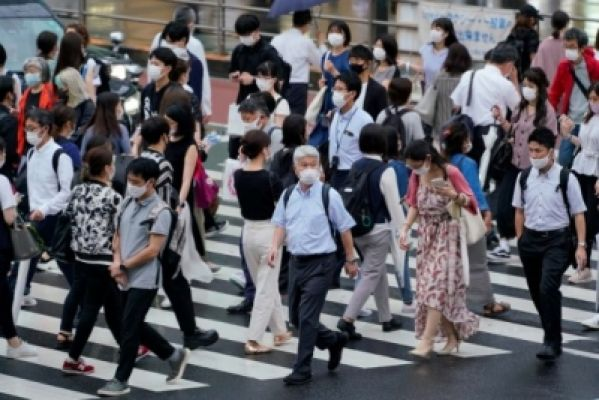 टोक्यो और आसपास के प्रान्त में भोजनालयों पर से हटाए गए प्रतिबंध