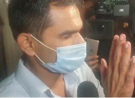 NCB के जांच अधिकारी समीर वानखेड़े की पत्नी ने कहा, 'मेरे पति ईमानदार अफसर, आरोप झूठे'
