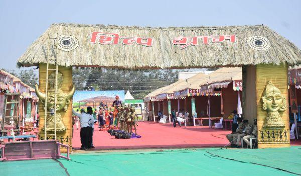 आदिवासी नृत्य महोत्सव-राज्योत्सव का आगाज कल